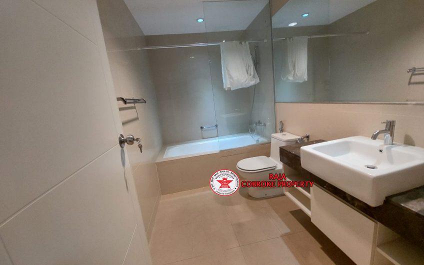 2BR 101 sqm Apartemen CasaGrande Residence